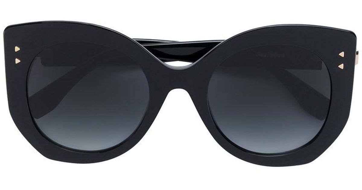 e97d418018 Fendi Peekaboo Sunglasses in Black - Lyst