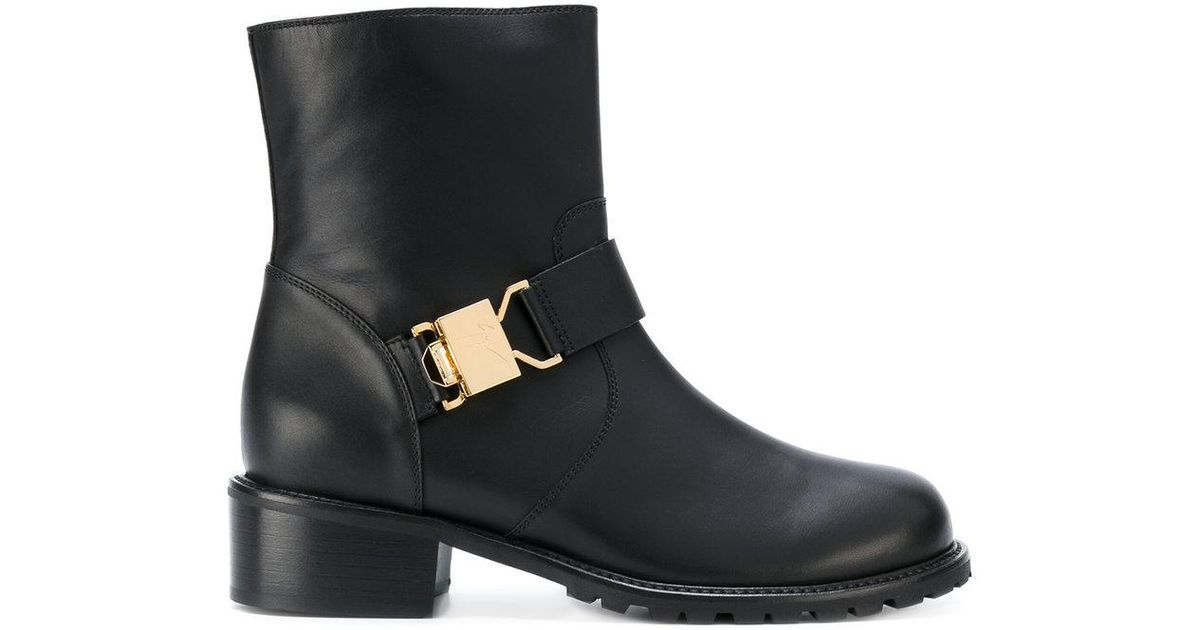 Giuseppe Zanotti Leather Buckled Boots M1AAy55h2L