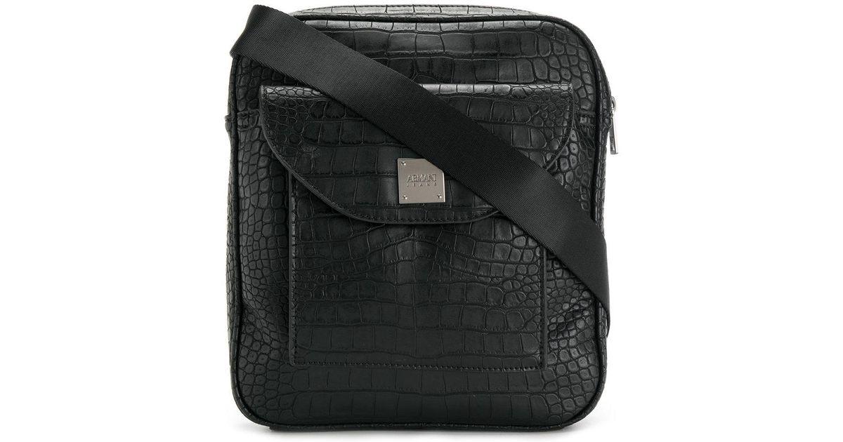 b20b64f590d Lyst - Sac porté épaule à effet peau de crocodile Armani Jeans pour homme  en coloris Noir