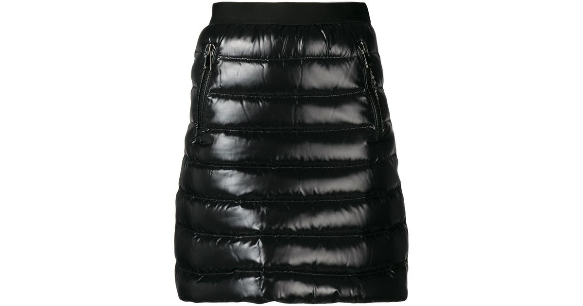 Moncler Black Daunenrock mit Taschen