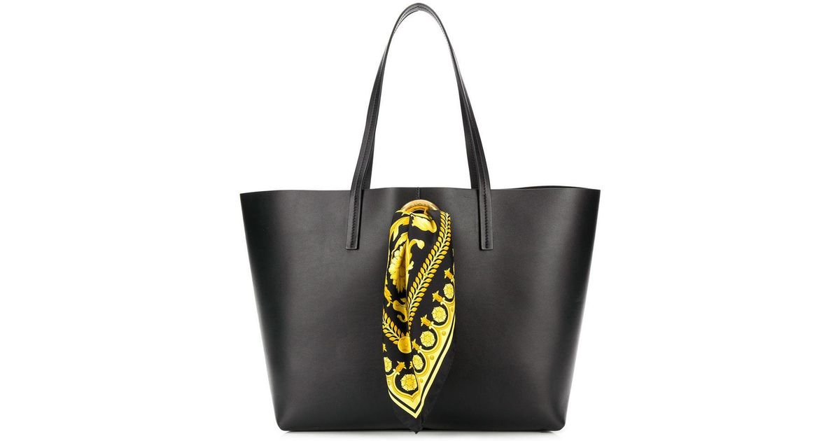 Versace Baroque Scarf Tote Bag in Black - Save 16.094584286803965% - Lyst 7d046a0df2bcb