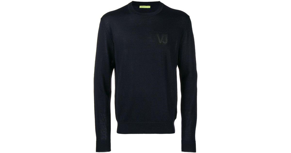 30481fea6f3f Lyst - Pull à logo poitrine brodé Versace Jeans pour homme en coloris Bleu
