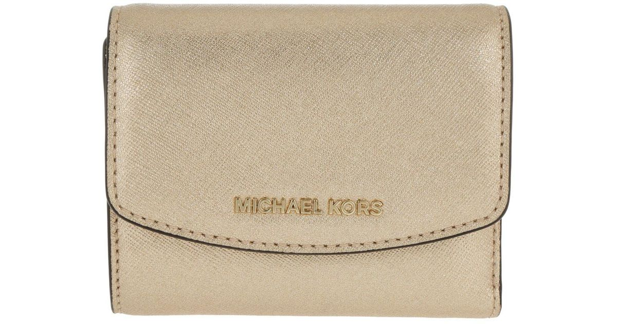 d21838fa4ae3 Michael Kors Money Pieces Sm Trifold Wallet Pale Gold in Metallic - Lyst