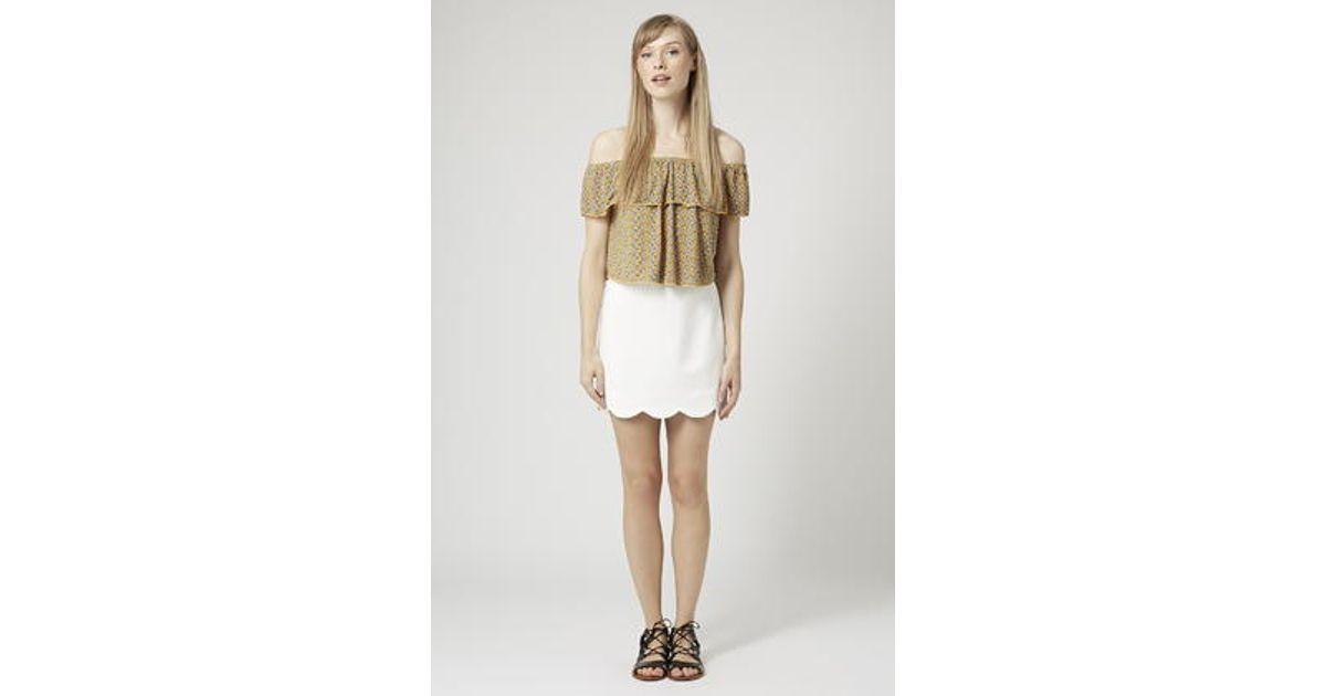 3d7979e57 TOPSHOP Scallop Hem Mini Skirt in White - Lyst