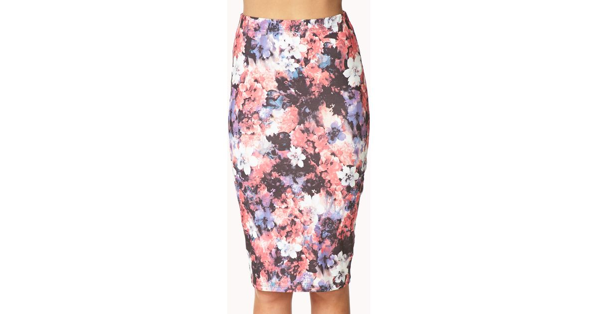 073090d5e4 Forever 21 Watercolor Floral Bodycon Skirt in Pink - Lyst