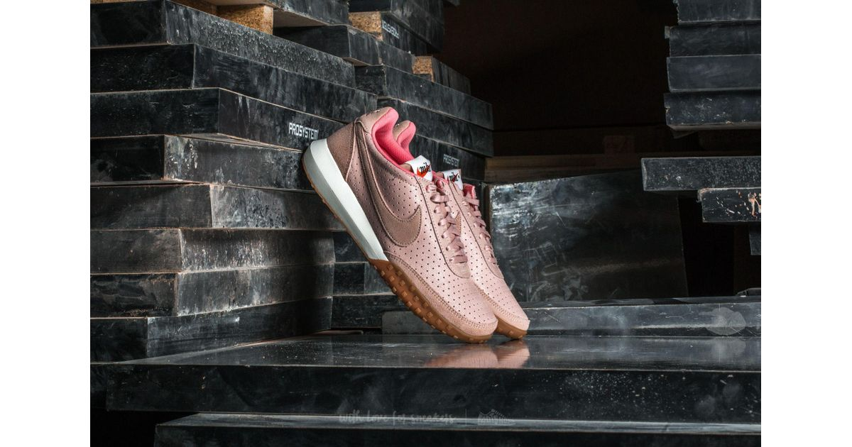 1db061000f39 Lyst - Nike W Roshe Waffle Racer Nm Premium Pink Oxford  Pink Oxford in Pink