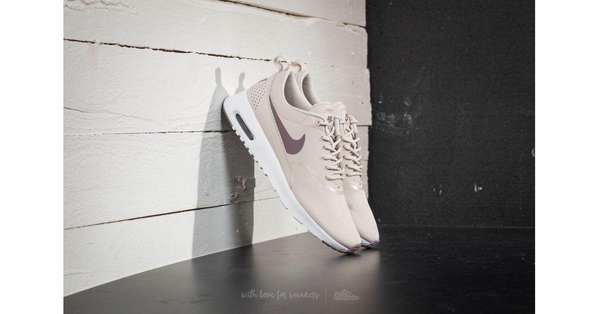 Nike Sportswear AIR MAX THEA Trainers light orewood