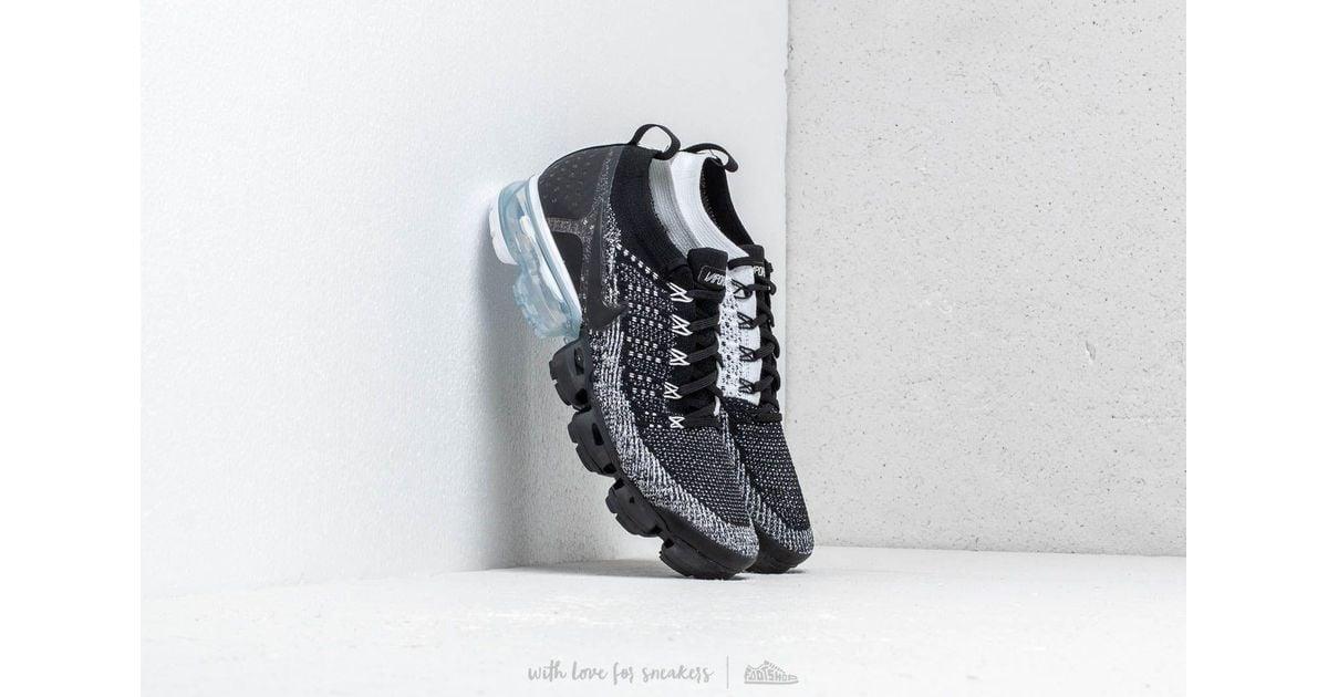 d8aadf73bd10 Lyst - Nike Air Vapormax Flyknit 2 Black  Black-white in Black for Men