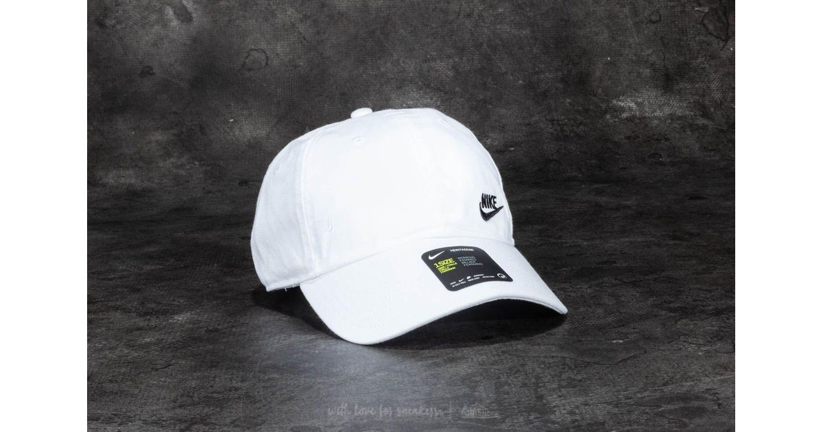 3b98bd47749bb Lyst - Nike Futura Classic Heritage 86 Cap White  Black in Black for Men