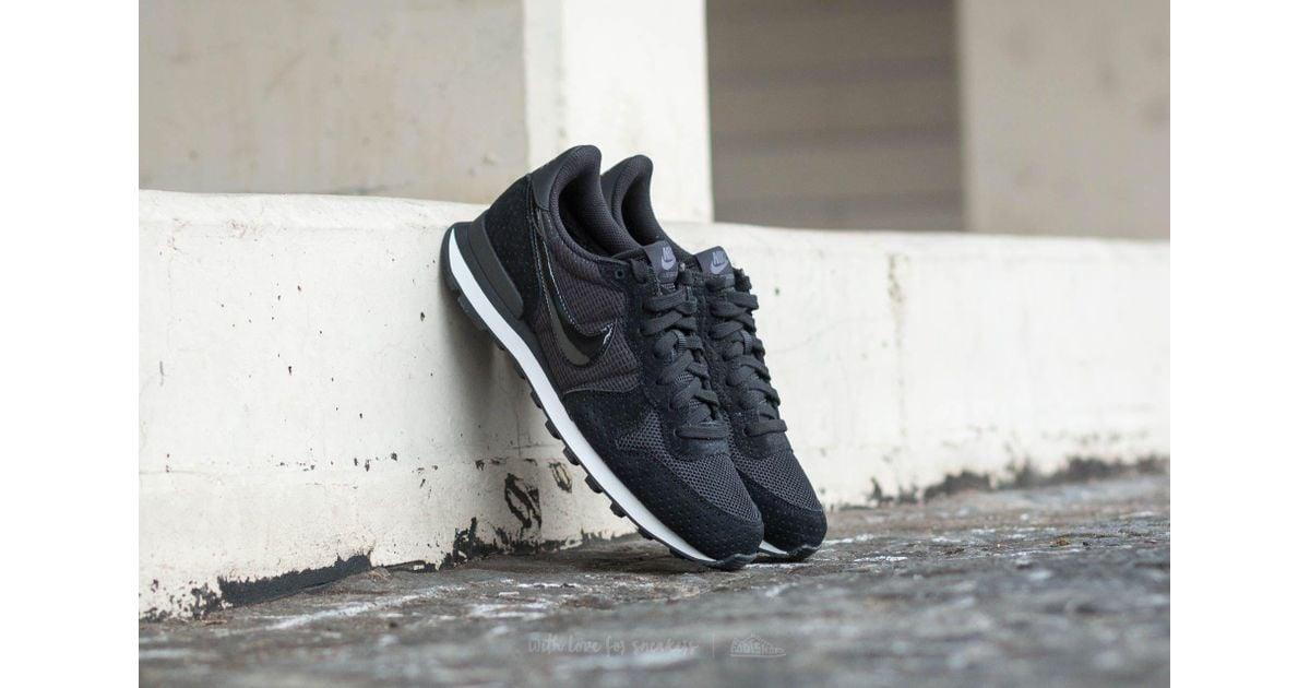 Nike Wmns Internationalist Black/ Black