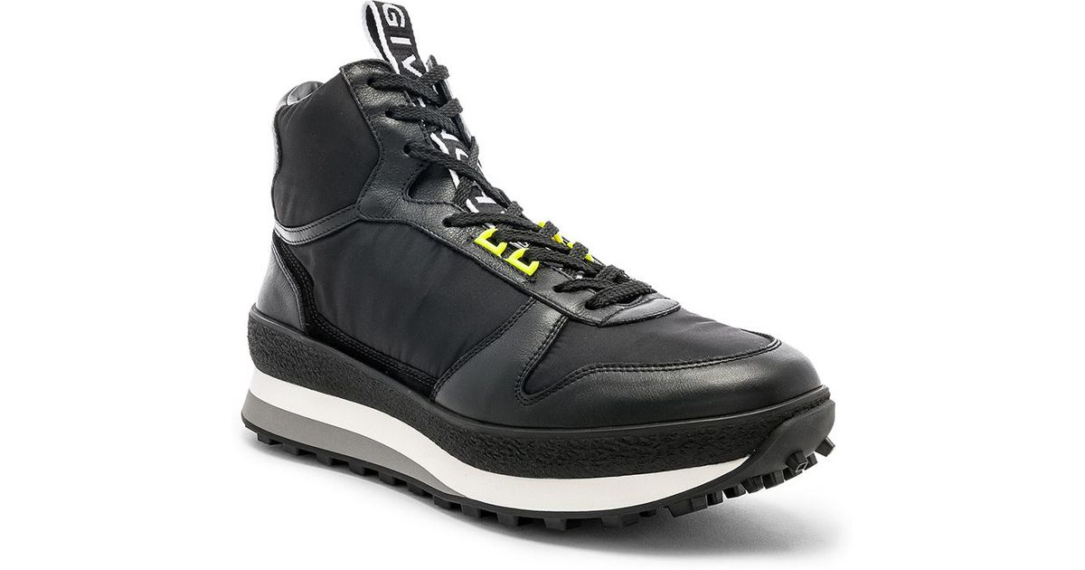 Givenchy TR3 Runner High in . MkwHQB