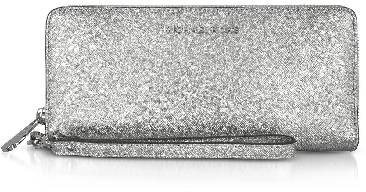 05dab43b1264 Lyst Michael Kors Jet Set Travel Large Silver Metallic Leather. Michael Kors  Boxed Metallic Signature Travel Continental Wallet ...