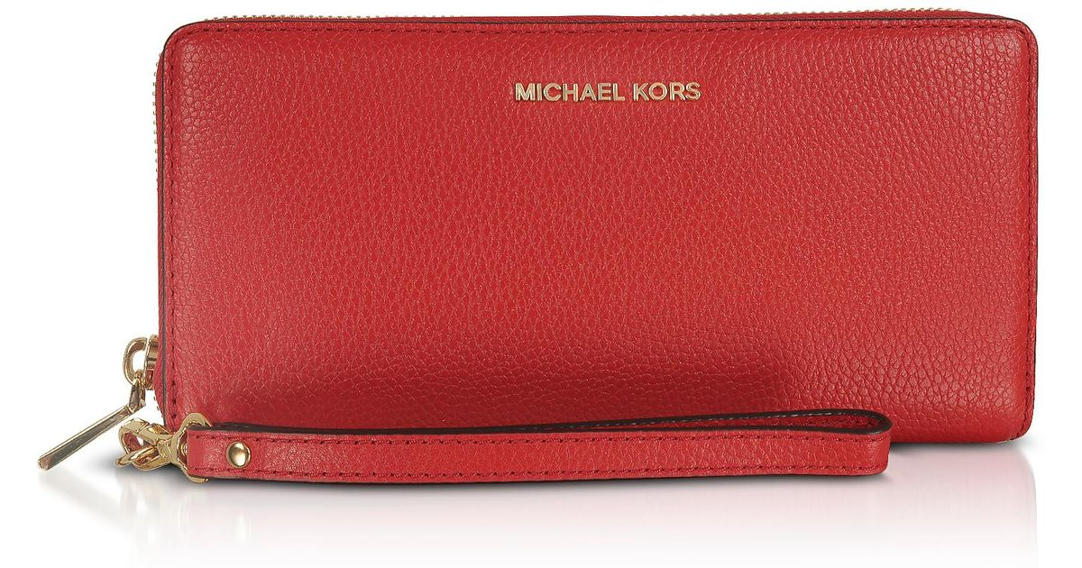 9491ecc0675d78 Michael Kors Mercer Large Bright Red Pebble Leather Continental Wallet in  Red - Lyst