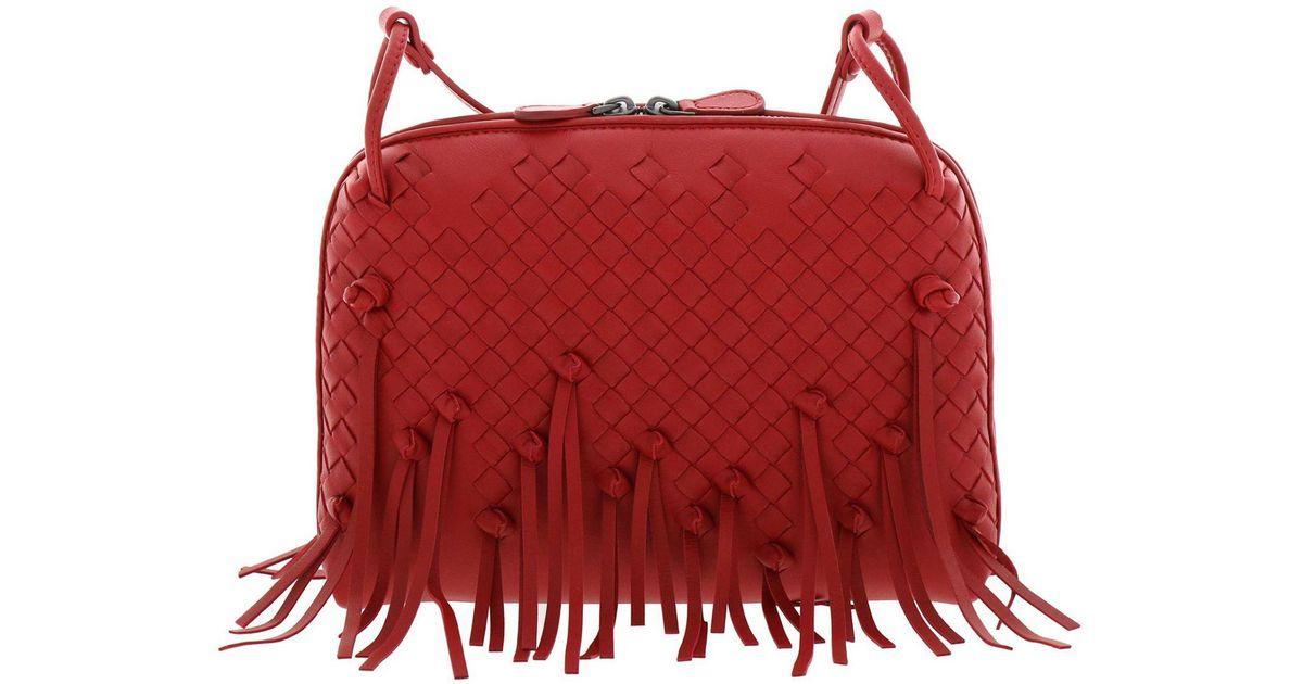 4f2cc6c58b Bottega Veneta Crossbody Bags Shoulder Bag Women in Red - Lyst