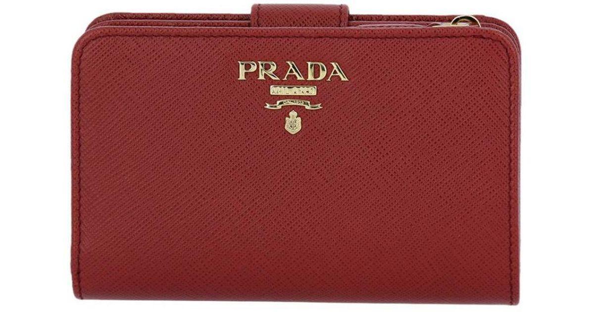 a126c6266bbb Prada Wallet Women in Red - Save 2% - Lyst
