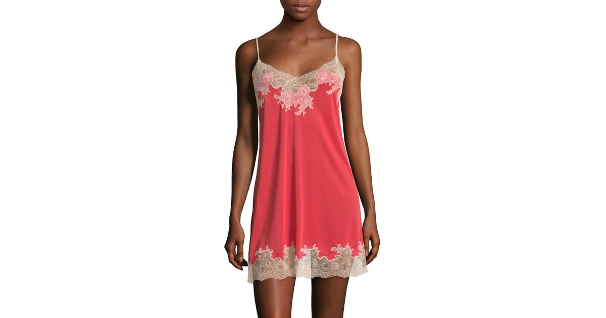 Lyst - Natori Enchant Lace Trimmed Chemise in Red b38b744d3
