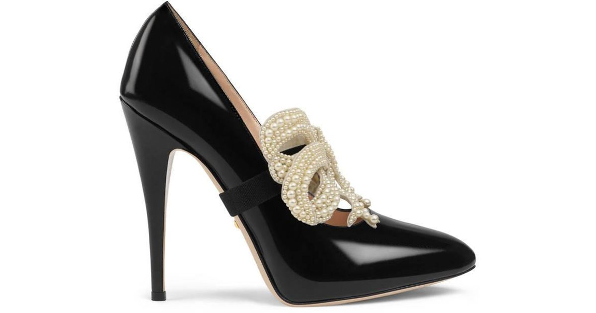 175117c2888 Lyst - Gucci Leather Pump With Pearl Bow in Black