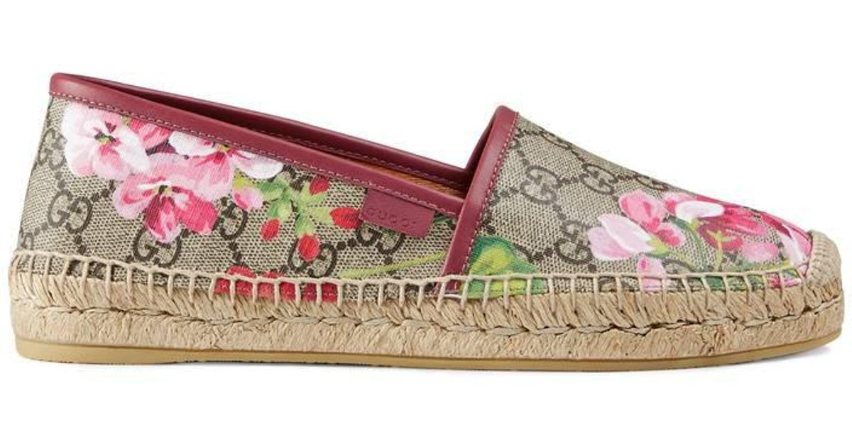 71449adf5d0 Lyst - Gucci Gg Blooms Supreme Espadrille in Pink