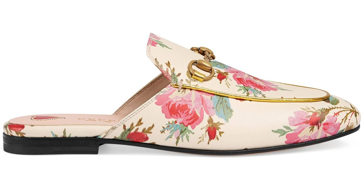 b565942226a0 Gucci Princetown Rose Print Leather Slipper in Natural - Lyst