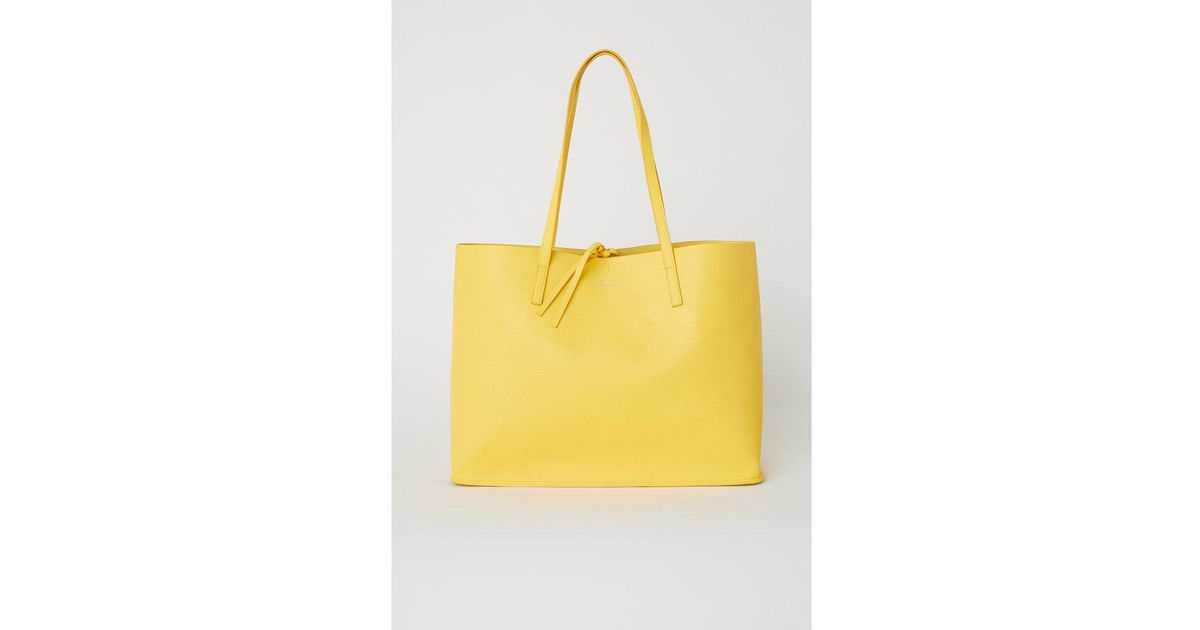 f67b4ad450 H&M Reversible Shopper in Yellow - Lyst