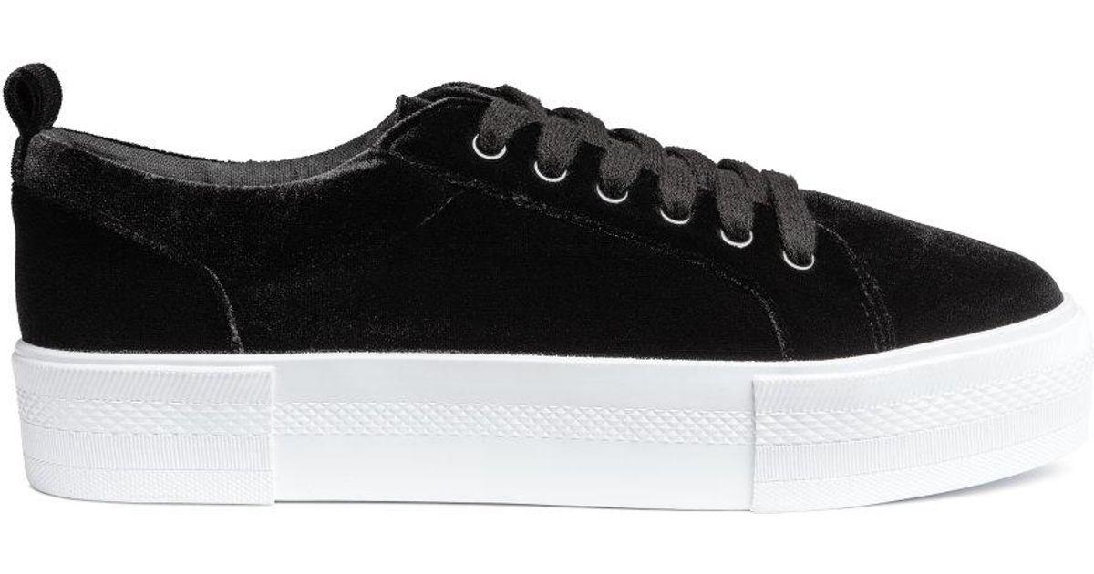 feef4b58cd34 Lyst - H M Sneakers in Black