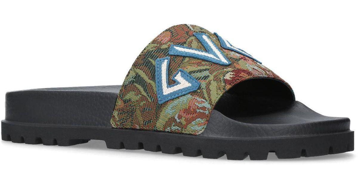 dc8ce60af8e Lyst - Gucci Pursuit Trek Roman Slides