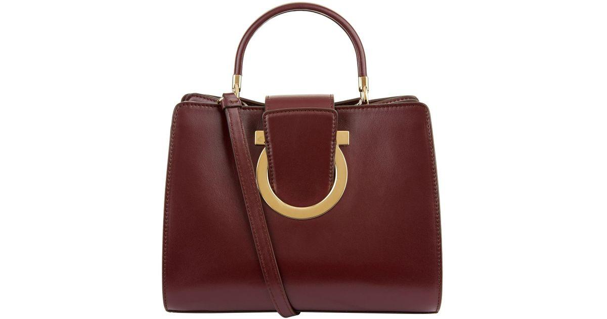 50e1f793c9 Lyst - Ferragamo Thea Shoulder Bag
