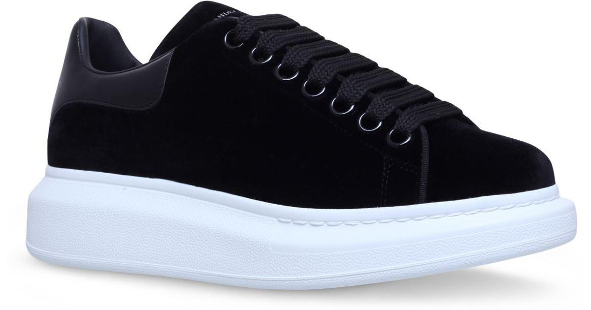 9bbcfe8d1644d Lyst - Alexander McQueen Velvet Runway Sneakers in Black