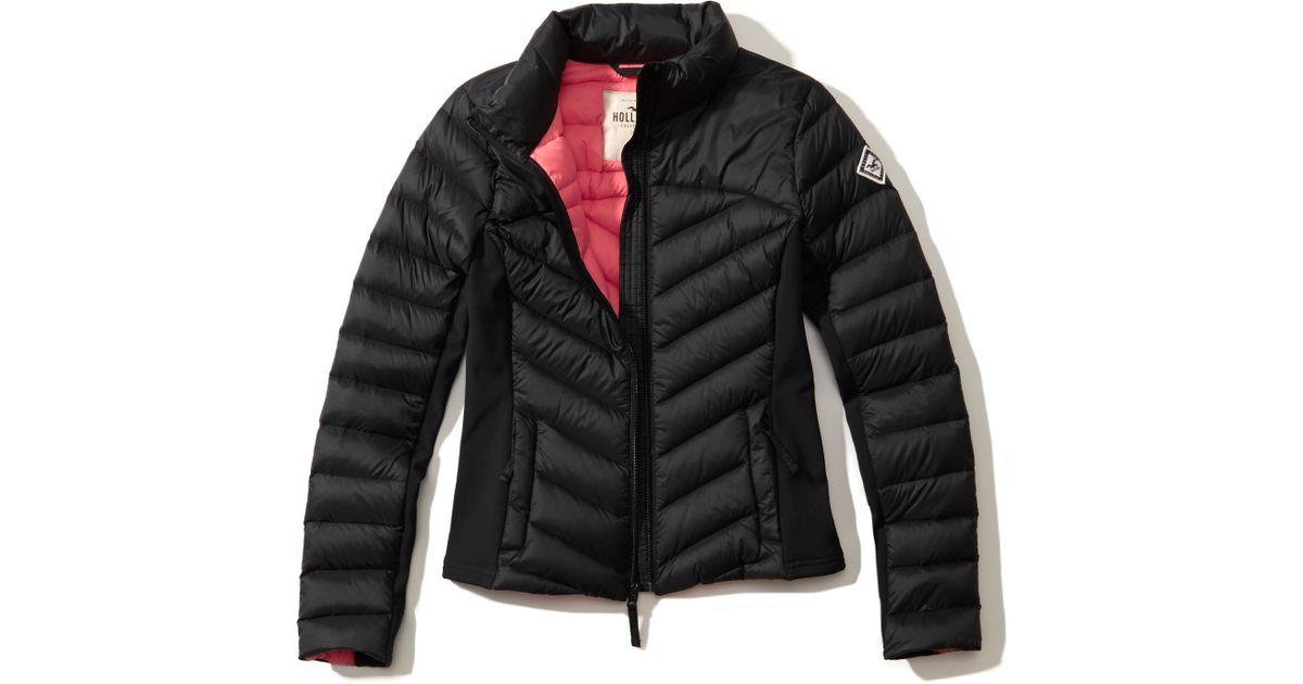 hollister lightweight down puffer jacket in black lyst