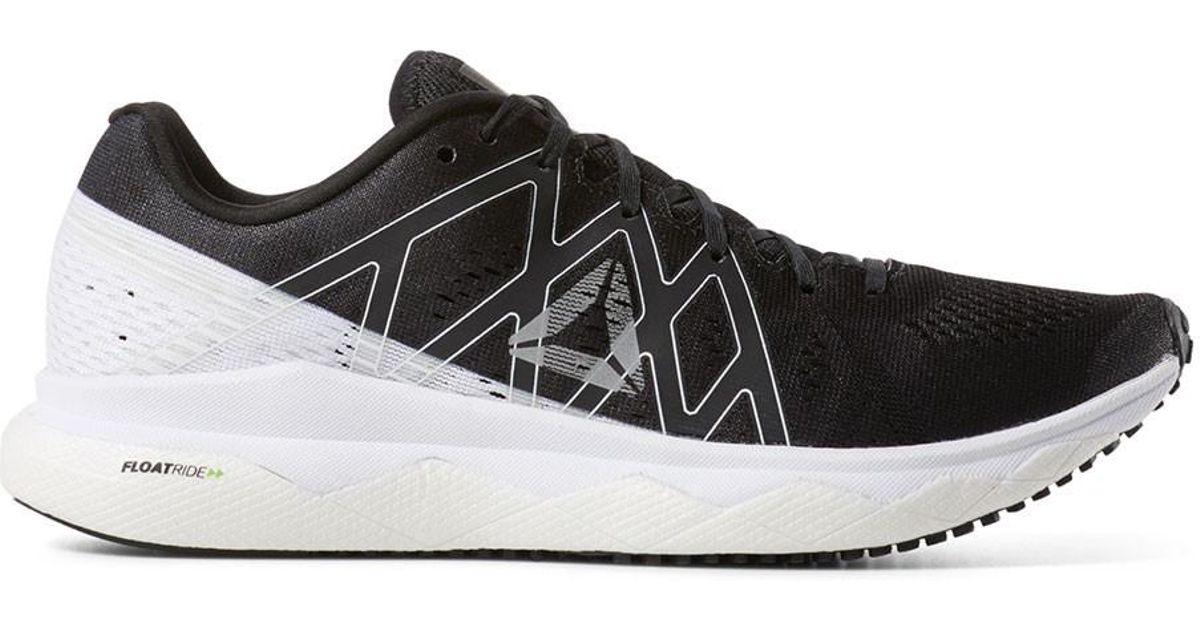 low priced b5054 eb3a7 Reebok Black Floatride Run Fast Running Shoe for men