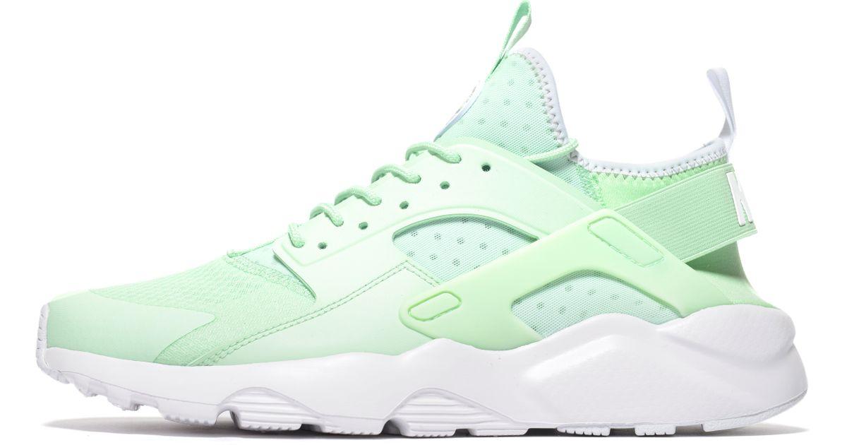 Nike Neoprene Huarache Ultra in Mint