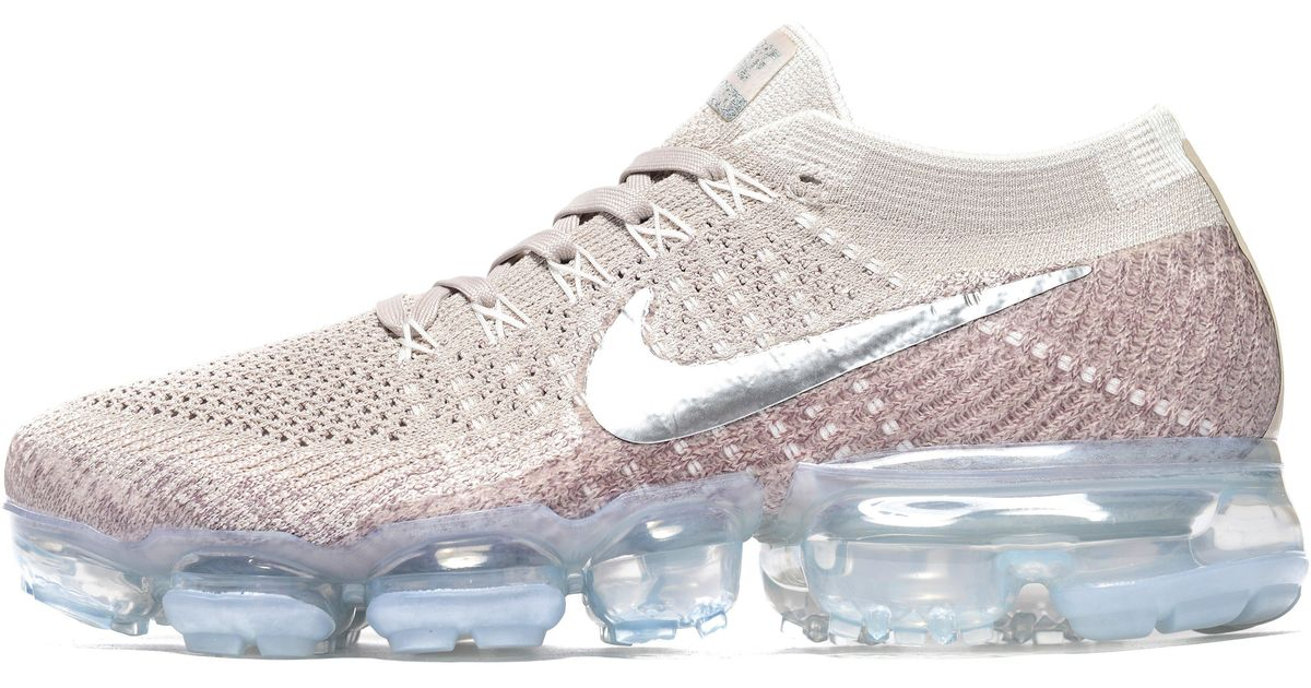 2899eb53a598 Lyst - Nike Air Vapormax in Pink nike vapormax pink