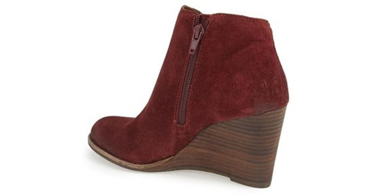 c16523410f34 Lyst - Lucky Brand Lucky Lk-yakeena Zip Wedge Bootie Beet Suede in Red