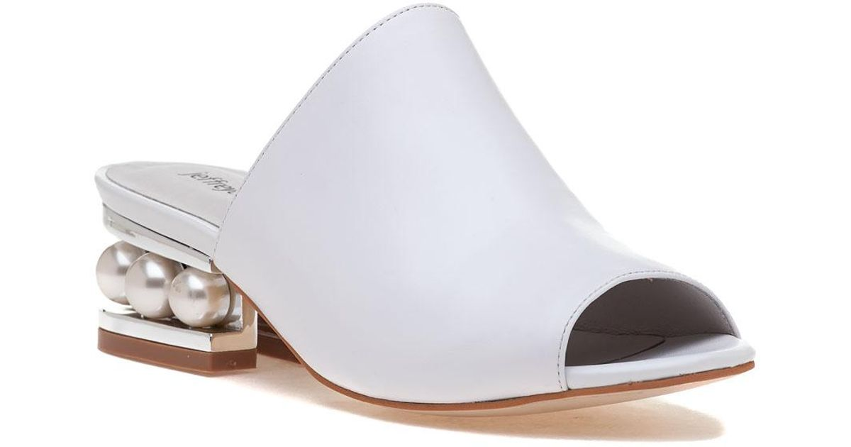 c6d8a91ca99 Lyst - Jeffrey Campbell Arcita Slide White Leather in White