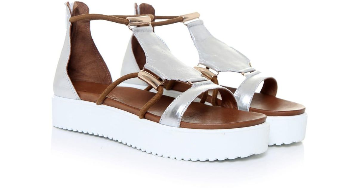 quality design 3814f 1d57a Inuovo White Gladiator Sandals