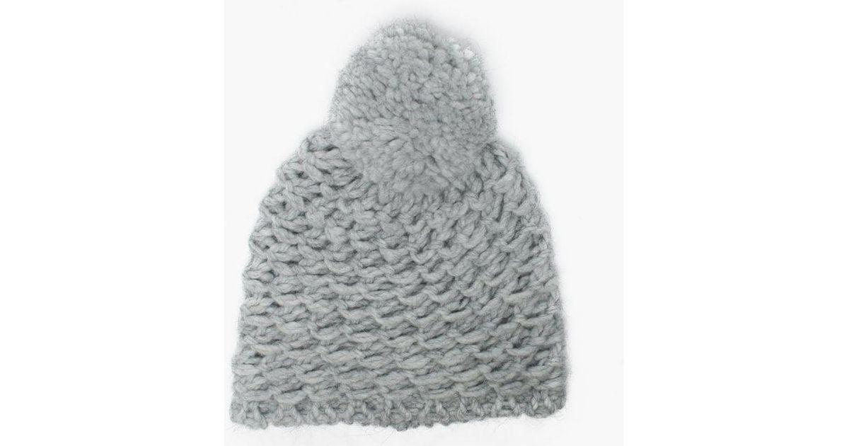60a41dfdd1d Lyst - UGG Womens Yarn Light Grey Pom Pom Beanie Hat in Gray