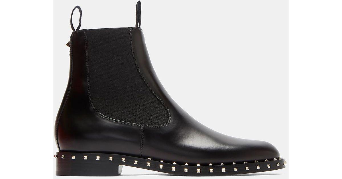 cf6d8b794d37f0 valentino-black-Pyramid-studded-Chelsea-Boots-In-Black.jpeg