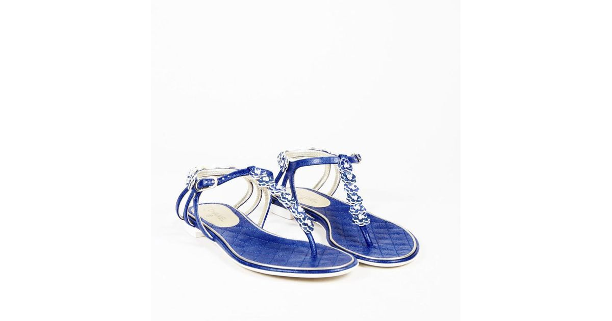 40d31d8a5 Chanel Blue Leather Camellia Flower   Faux Pearl Thong Sandals in Blue -  Lyst