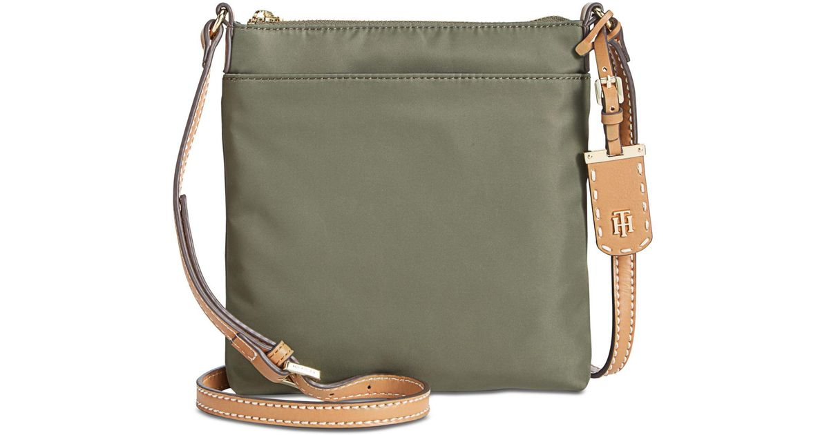 3378945d5f7d94 Tommy Hilfiger North South Crossbody in Green - Lyst