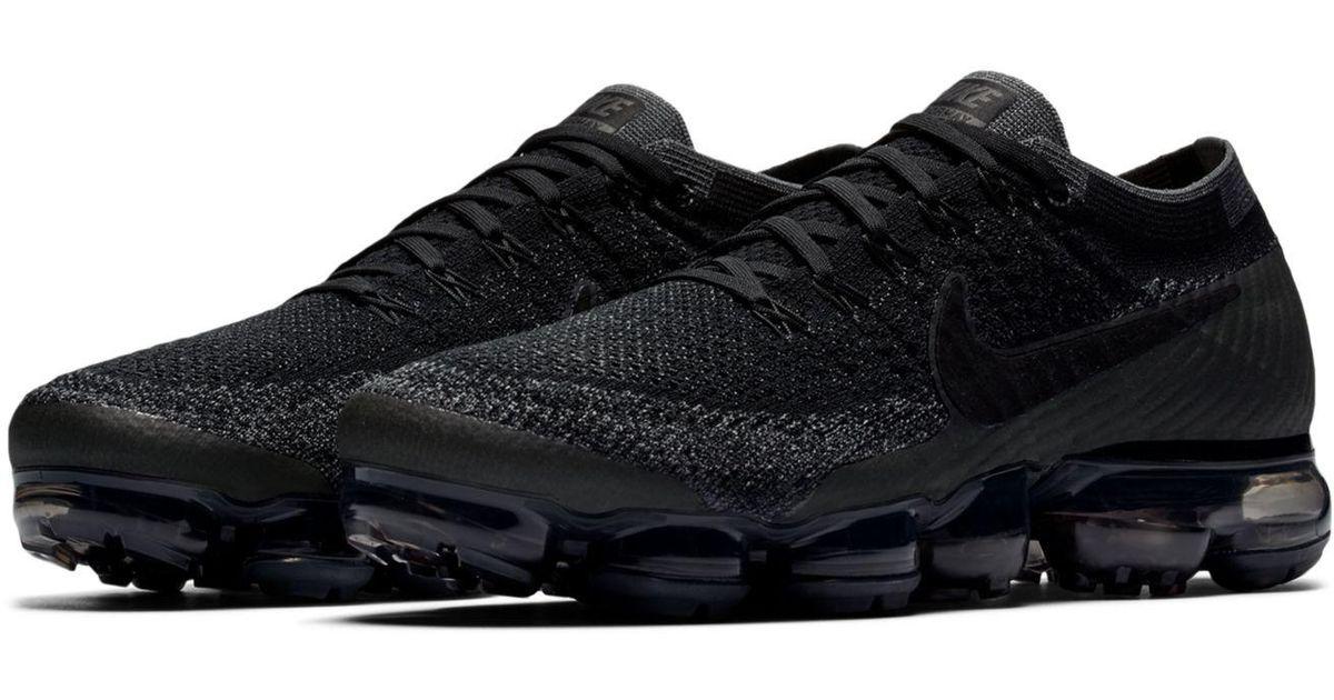 detailing f3ba4 468d5 Nike Black Men's Air Vapormax Flyknit Running Sneakers From Finish Line for  men
