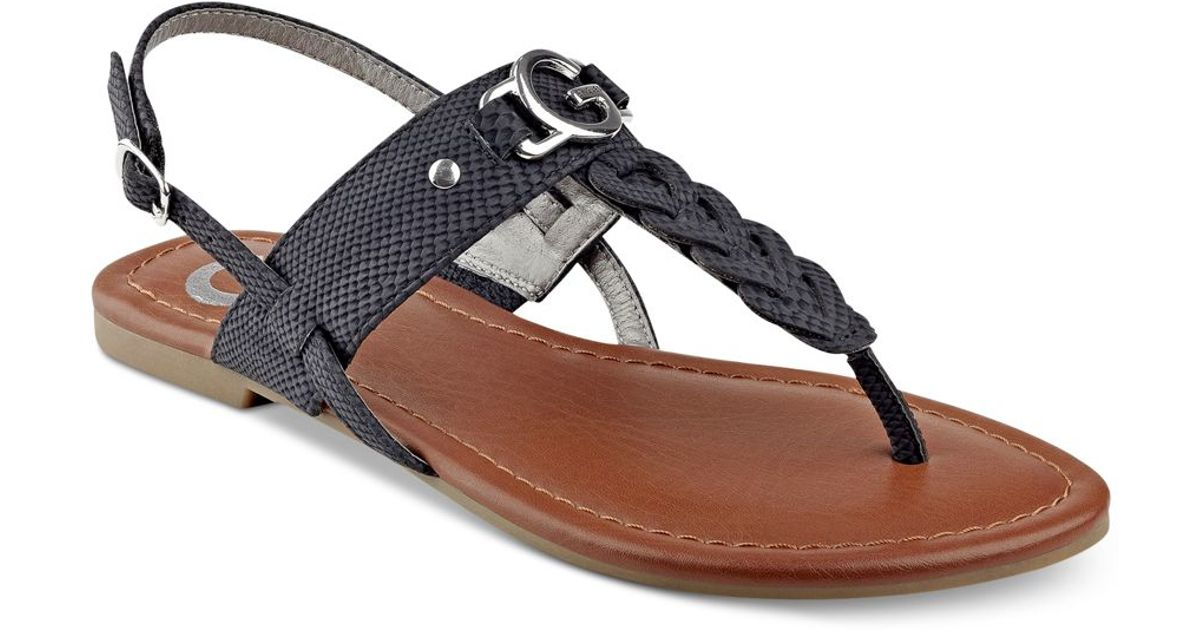 G by Guess Lorrie T-strap Flat Sandals in Black - Lyst