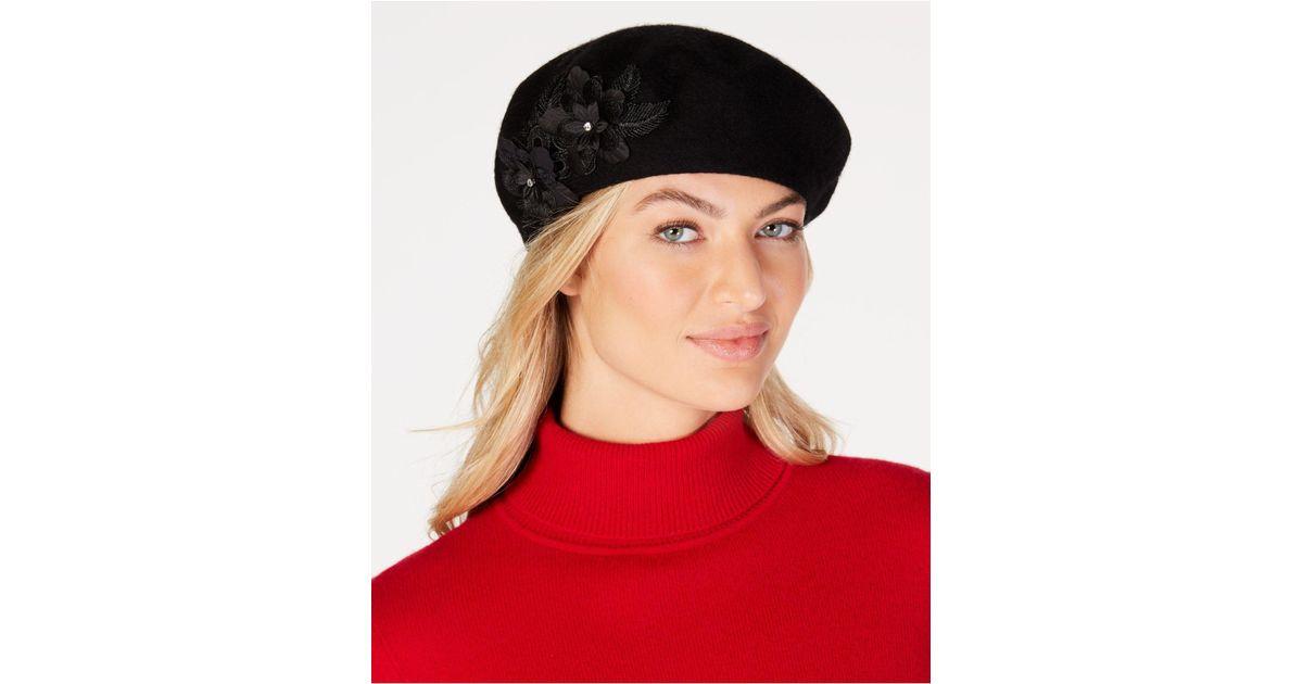 f42d7d7e7ad Lyst - August Accessories Wool Floral-appliqué Beret in Black