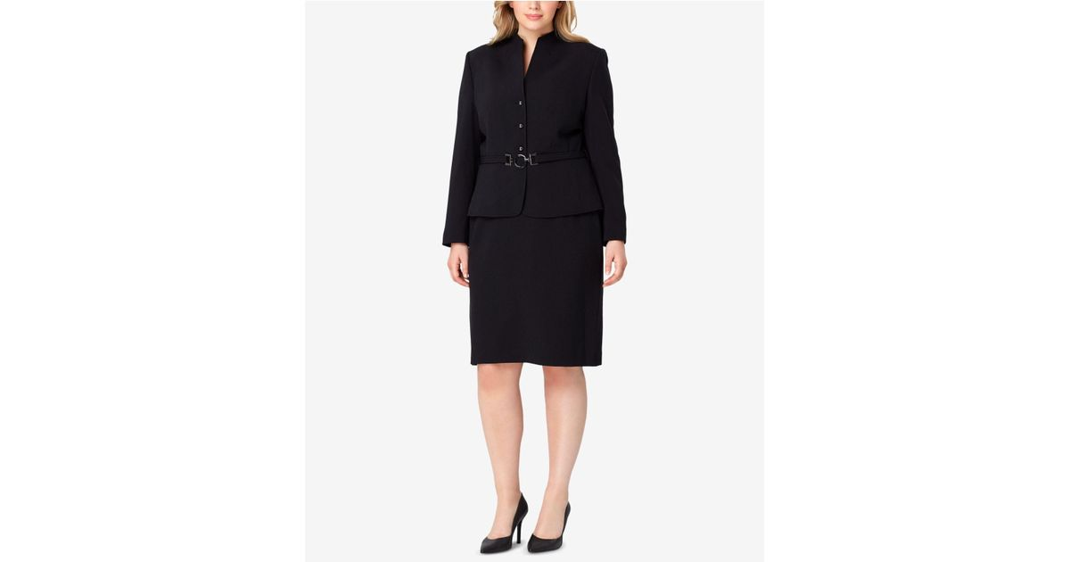 42769fddedeaa Tahari Plus Size Belted Stand-collar Skirt Suit in Black - Lyst