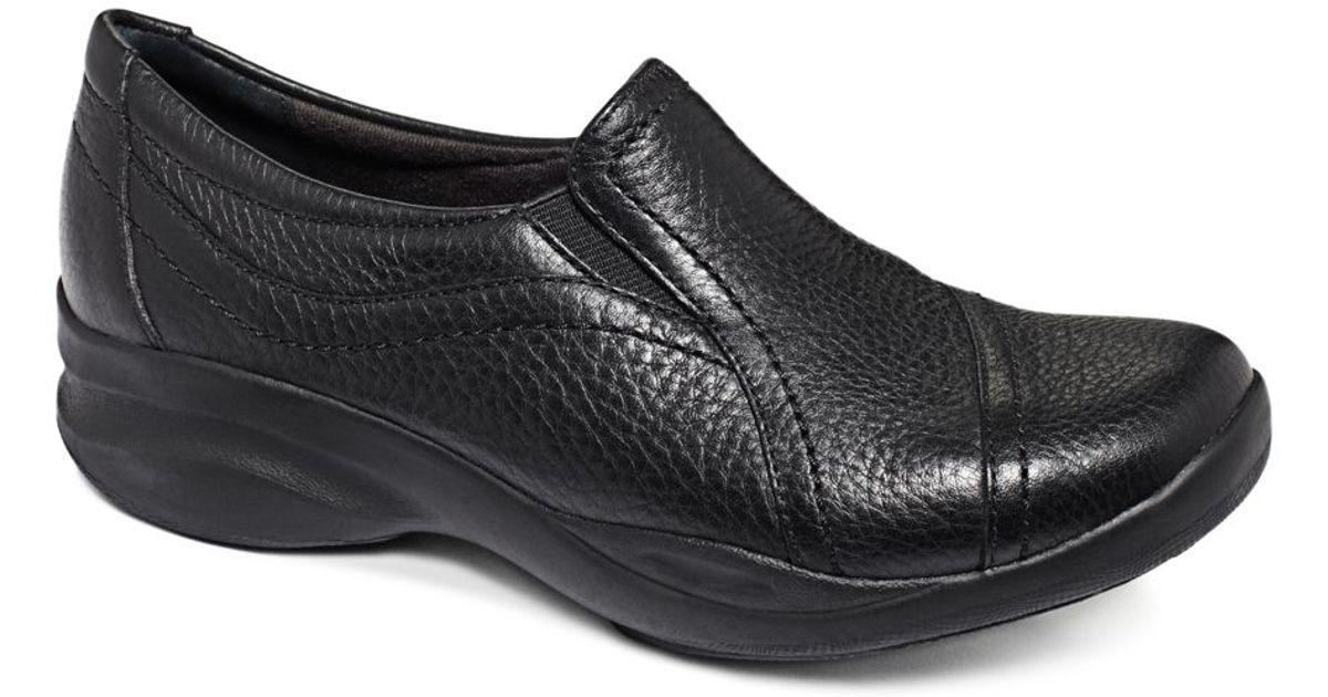 Clarks In Motion Walking Shoes