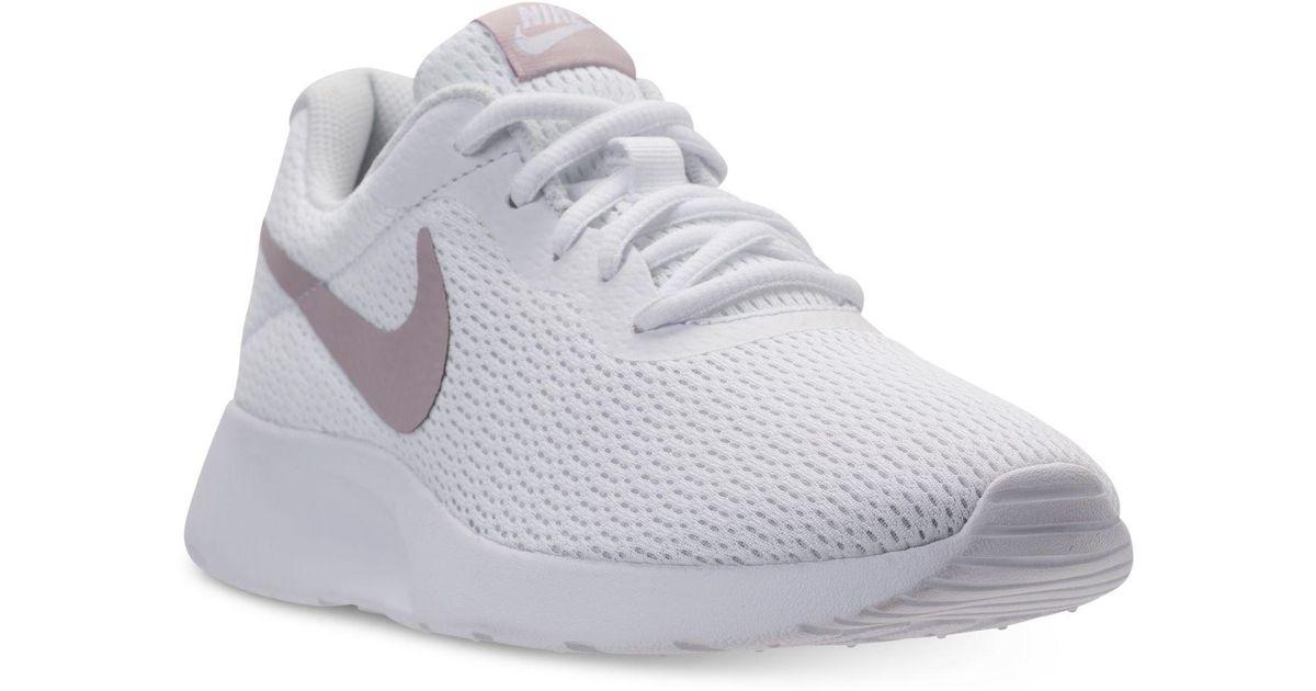 Nike Tanjun Casual Sneakers From Finish