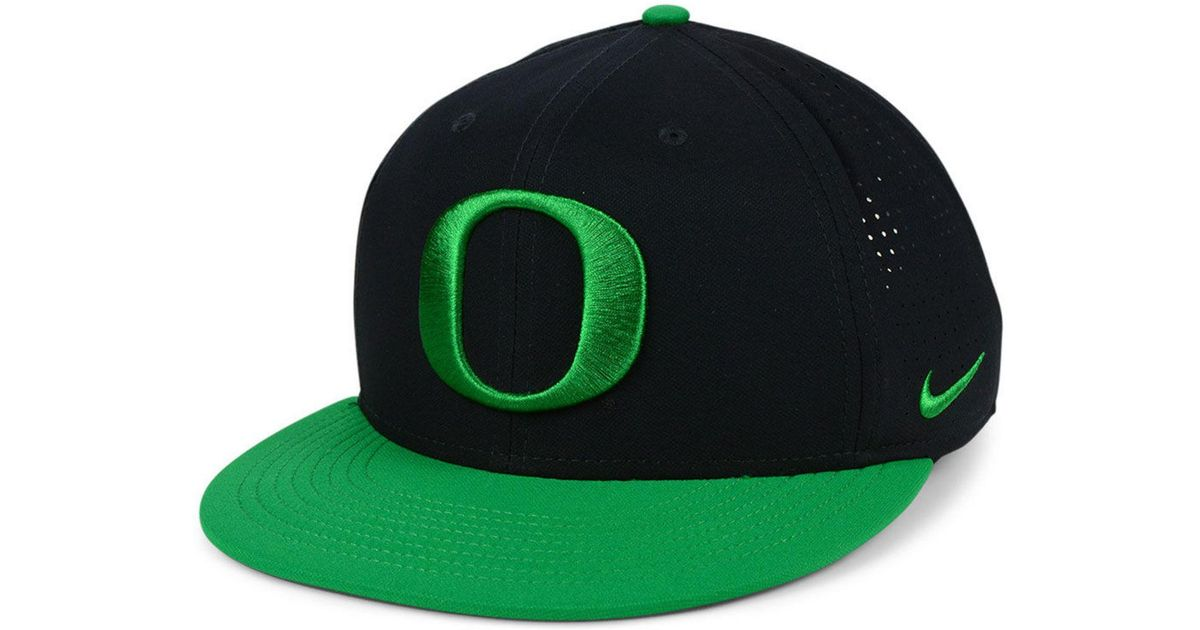 Lyst - Nike Oregon Ducks Dri-fit Vapor Snapback Cap in Green for Men 12857d36167