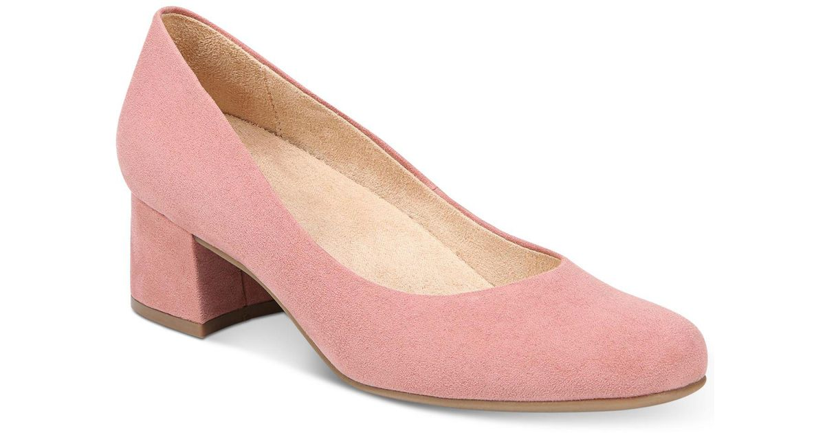 76a36745c2e6 Lyst - Naturalizer Donelle Pumps in Pink