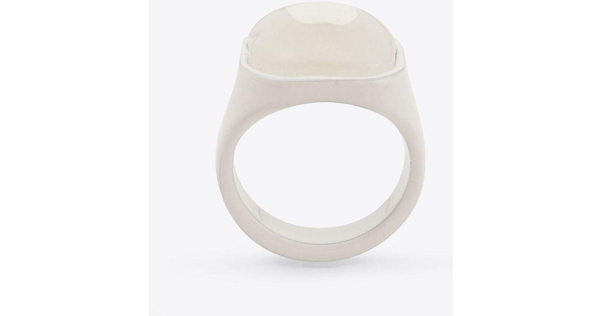 Maison Martin Margiela Painted Resin Signet Ring lY3XVCwvAg