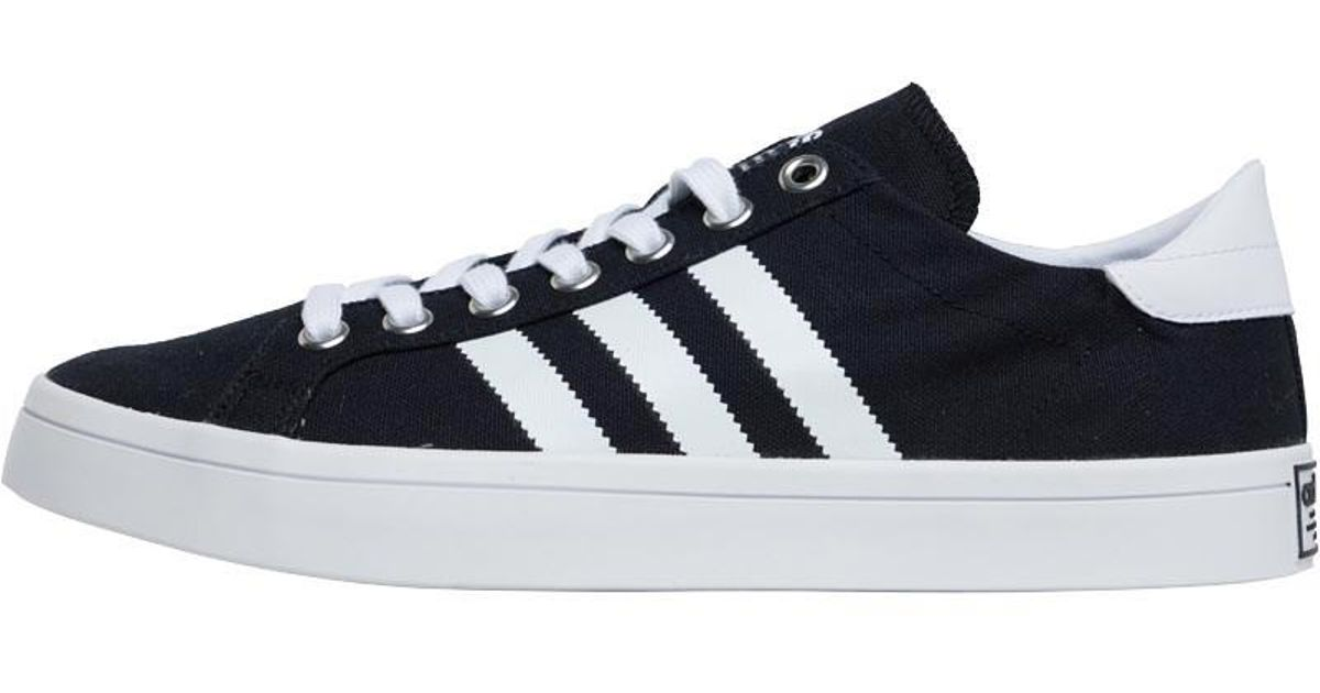 adidas Originals Court Vantage Trainers Core Black footwear White metallic  Silver in Black for Men - Lyst 9236308ff