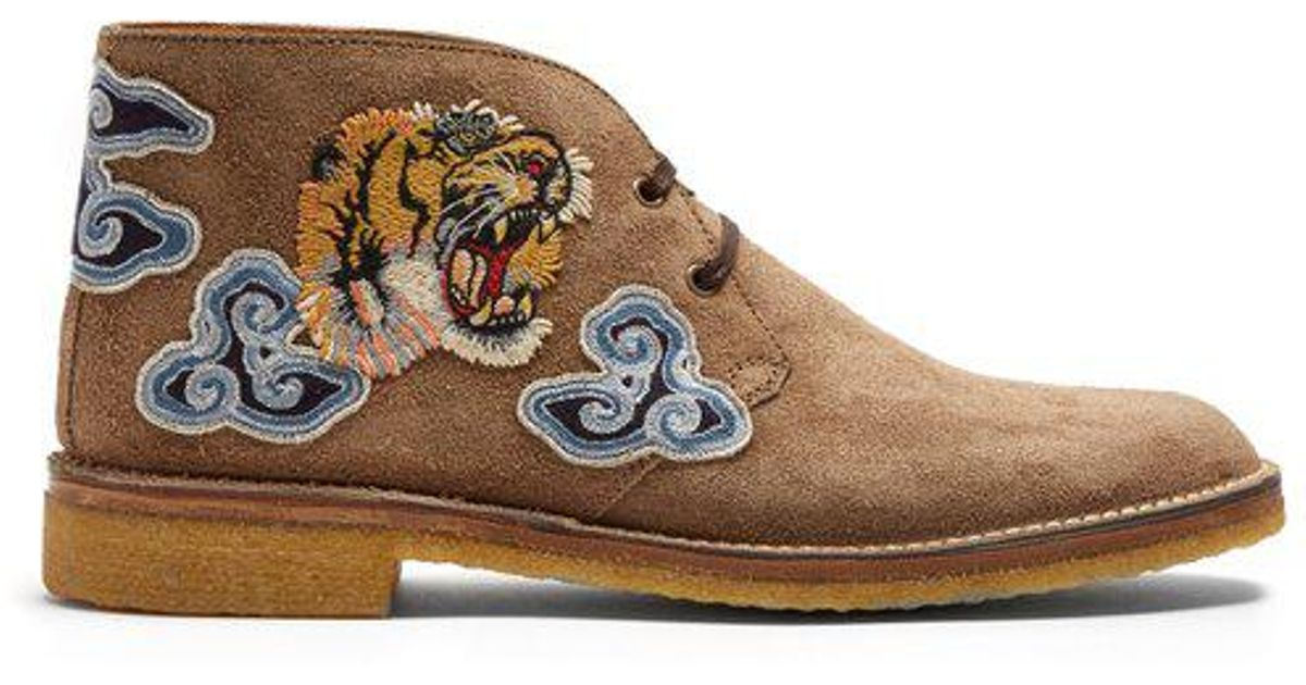 a361e8f37 Gucci New Moreau Embroidered Suede Desert Boots - Lyst